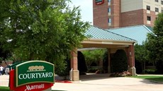 Courtyard by Marriott Addison Quorum