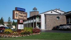 Budget Host Inn Golden Anchor