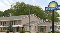 Days Inn & Suites Pine Mountain