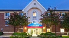 Candlewood Suites University