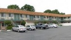 Motel 6 Gilroy, CA - Outlet Center