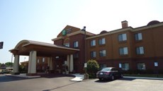 Holiday Inn Express & Suites Anniston