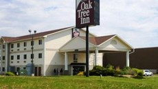 Oak Tree Inn - Clinton