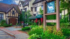 Deer Path Inn