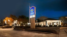 Richmond Inns & Suites