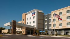 Fairfield Inn/Suites Fayetteville North