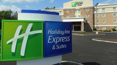Holiday Inn & Suites Carmel