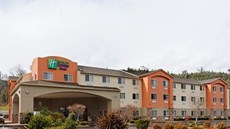 Holiday Inn Express Canyonville
