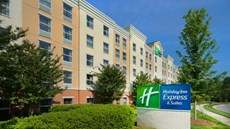 Holiday Inn Express & Sts Huntersville