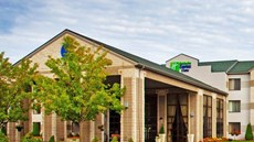 Holiday Inn Express & Suites Grand Rapid