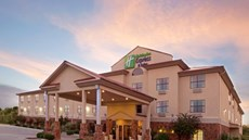 Holiday Inn Express & Suites Kerrville