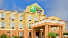 Holiday Inn Express Jourdanton