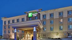 Holiday Inn Express & Suites Topeka N