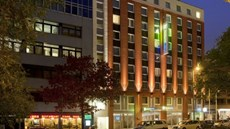 Holiday Inn Express City Centre-West
