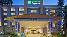 Holiday Inn Express & Suites Ft Lauderda
