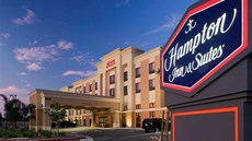 Hampton Inn & Suites Clovis - Airport