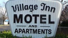 Village Inn Motel Holt