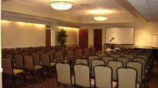 Airport Plaza Inn Conference Center