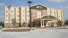 Holiday Inn Express & Stes George West