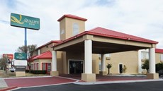 Red Roof Inn, Dumas