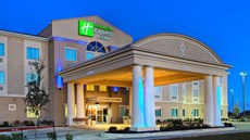 Holiday Inn Express Suites Cotulla