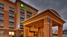 Holiday Inn Express Hotel & Sts Kingston
