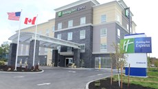 Holiday Inn Express Cheektowaga NE