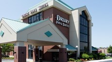 Drury Inn & Suites Kansas City Airport