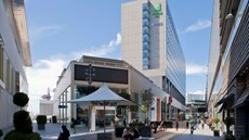 Holiday Inn Stratford City