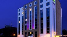 Holiday Inn Express Watford Junction