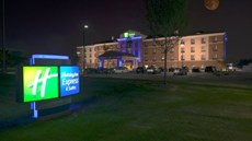 Holiday Inn Express & Stes Detroit North