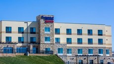 Fairfield Inn & Suites Lincoln Southeast