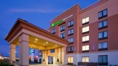 Holiday Inn Express Woodstock South