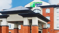 Holiday Inn Express Slave Lake