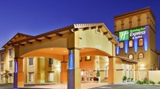 Holiday Inn Express Hotel & Stes Willows