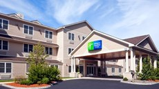 Holiday Inn Express & Stes Hampton South