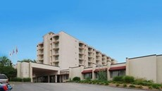 Ramada Inn Airport & Conference Ctr