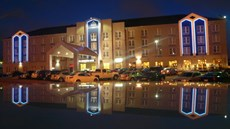Cambridge Hotel & Conf Center