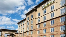 Radisson Hotels & Suites Fort McMurray