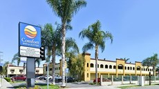Comfort Inn & Suites Near Long Beach Con