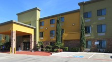 Comfort Inn North Dallas