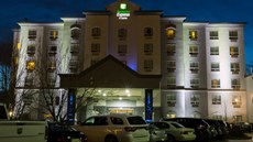 Holiday Inn Express & Sts Edmonton North