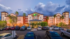 Holiday Inn Express/Suites Phoenix Arpt