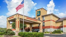 Quality Inn & Suites Lawrenceburg