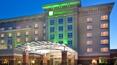 Holiday Inn & Suites-Jordan Creek