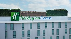 Holiday Inn Express Soi Soonvijai