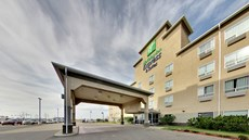 Holiday Inn Express & Stes Edmonton Arpt