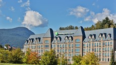 Holiday Inn Hotel & Suites N Vancouver