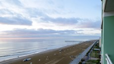 Holiday Inn Oceanside-Virginia Beach