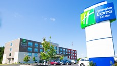 Holiday Inn Express & Suites Piedmont